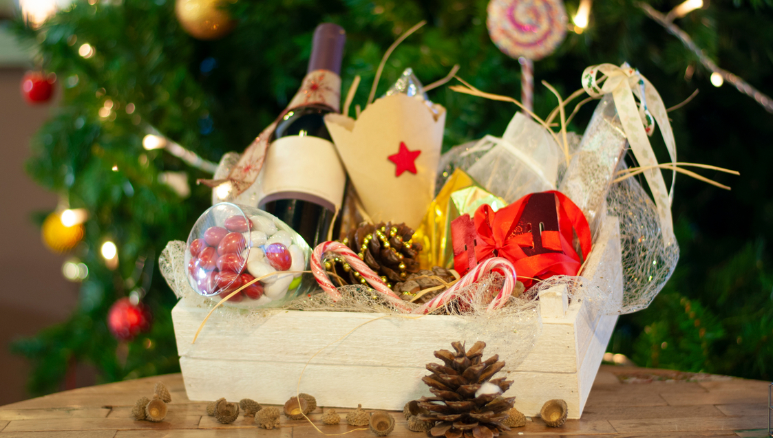 HChristmas Hampers under S$175