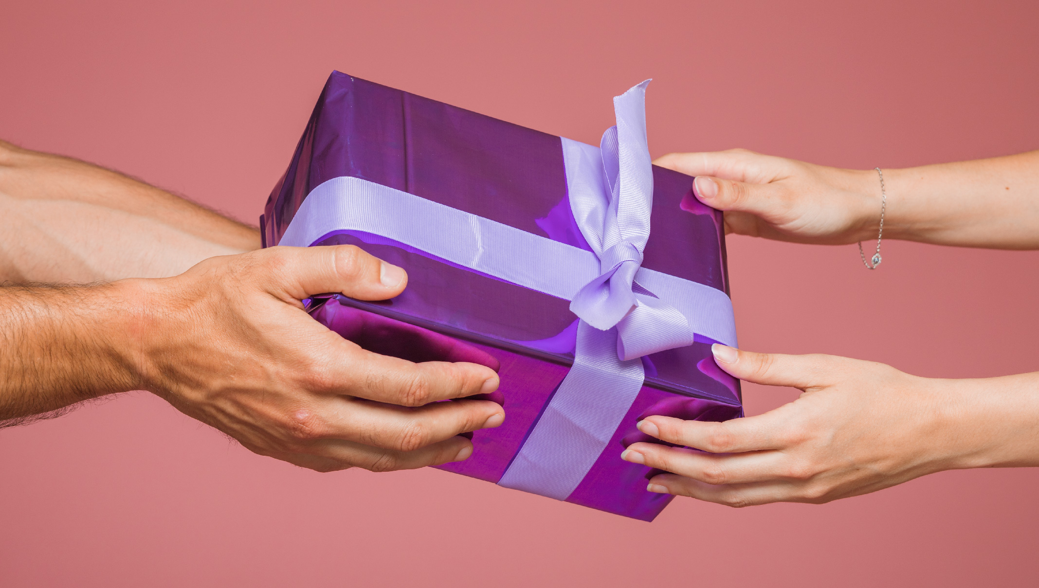 HUltimate Gift Guide for Someone Who Has Everything