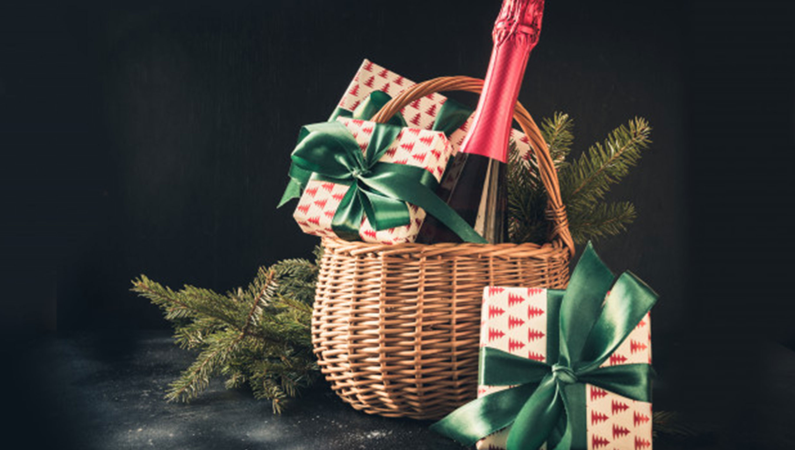 HInexpensive Christmas Hampers for Budget Shoppers
