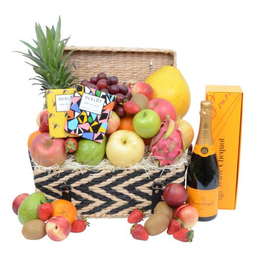 Deluxe Fruit Hamper With Champagne & Chocolate