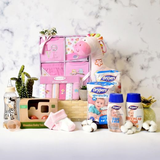Bouncing Baby Girl Gift Hamper in Bamboo