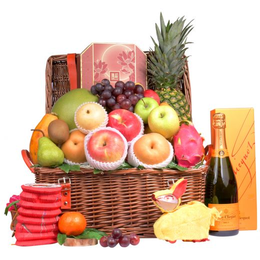 Classic Mid Autumn Fruit Hamper With Peninsula Mooncake & Champagne